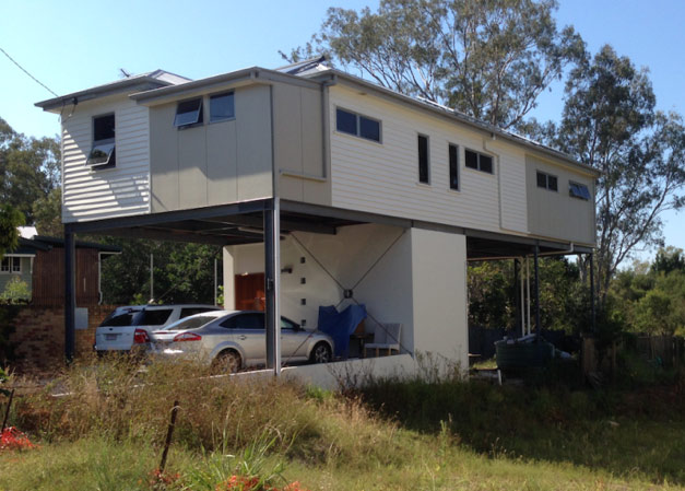 House in Brisbane raised above the 1974 flood level